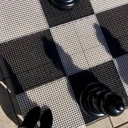 freetoedit queen chesspieces chessboard